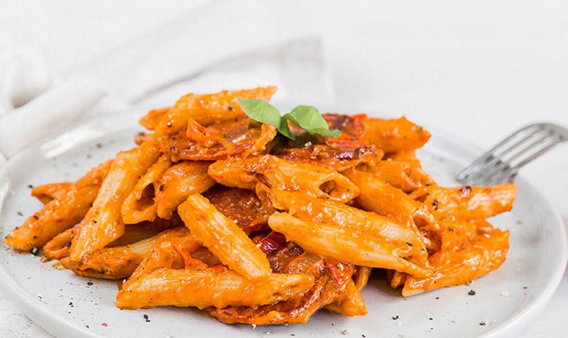 Pasta mit Chorizo-Zwiebel-Sauce