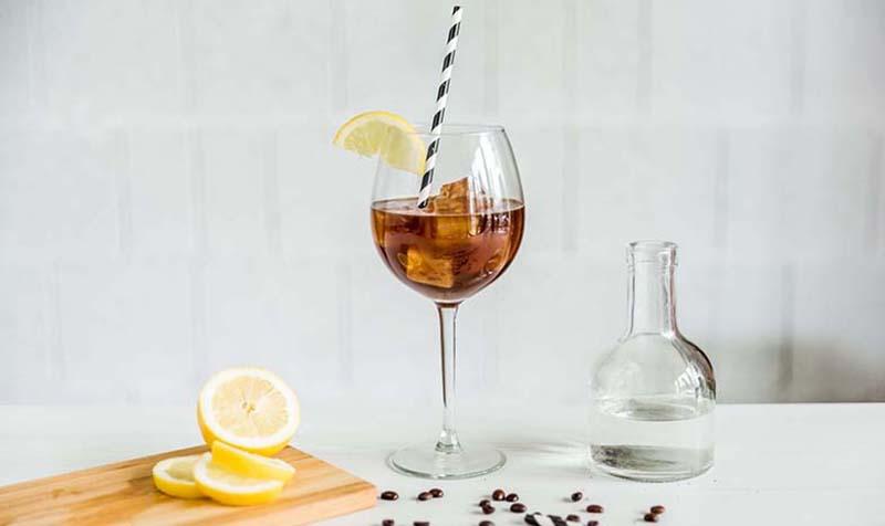 Kaffee Gin Tonic